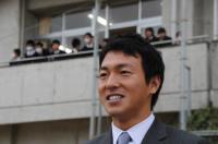 長野選手巨人軍入団報告のため来校【23】